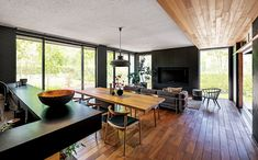 The Forest BF|木造注文住宅の住友林業 Ping Pong Table, Modern House Design, Corner Desk, Family Room, How To Plan, Living Room, Kitchen, Furniture, Home Decor