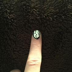 October 28 Cracked zombie nail
