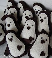 Felt penguins.  There is actually a lot of crafting/decorating inspiration at this site.