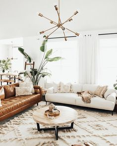 Step Inside This Kid-Friendly Canadian Home With the Perfect Mid-Century Modern Meets Boho Style Boho Living Room, Interior Design Living Room, Home And Living, Living Room Designs, Small Living, Living Spaces, White Couch Living Room, Mid Century Interior Design, Living Room Styles