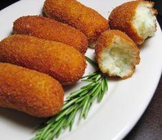 Croquetas de pollo (chicken croquettes) - recipe