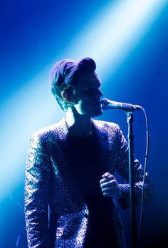 Brandon Flowers: The Killers The Killers, Pastel Punk, Brandon Flowers, Music Express, Ideal Man, Indie Music, Weird World, Pop Music, Beautiful Boys
