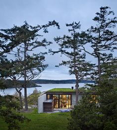 The Pierre is one of the most beautiful houses I've seen in a long time and its view over the San Juan Archipelago is incredible!
