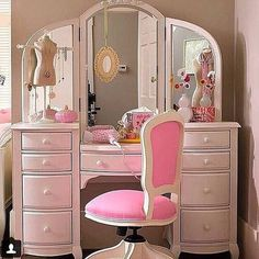 Girls vanity desk makeup girl table beauty room and mirror teenage furniture of america end Shabby Chic Bedrooms, Shabby Chic Decor, Bedroom Vintage, Pink Bedrooms, Chic Bathrooms, Beauty Room, New Room, Child's Room, Girl Room