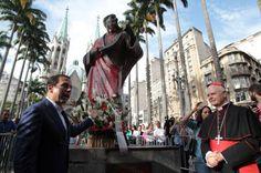 Fonte: Folha Política: Filho de embaixador é detido por vandalizar monumento no centro de São Paulo