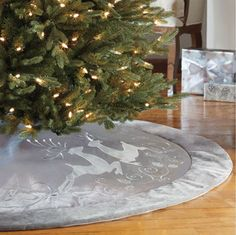 Decorative 168m Christmas Tree Skirt
