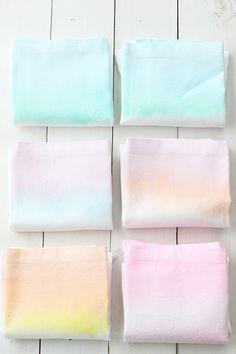 DIY: Watercolor Cloth Napkins | Julep
