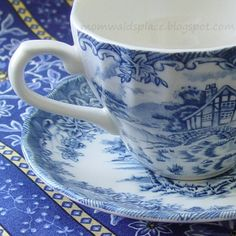 Mom Wald's Place: New Blue...Blue and White Tea Cups that is!