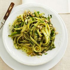 Lemon, basil, and olive oil make a flavorful sauce for linguine and cannellini beans