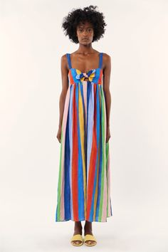 Casual Fall / Winter Look - Fall / Winter Must Haves Collection. Mara Hoffman Dress, Coloured Girls, Rainbow Fashion, Ethical Clothing, Fashion Outfits, Fashion Tips, Travel Fashion, Fashion Clothes, Sustainable Clothing