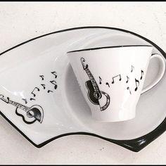 Terminando o dia parabenizando os músicos! #diadomusico  #porcelanapintadaamao #agentefaz #inventos #porcelanapersonalizada