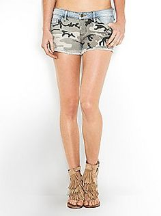 THE FESTIVAL COLLECTION - KATE CAMO CUT-OFF SHORTS