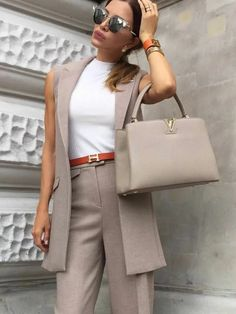 Summer work outfits for women. Summer work outfits for women. Office Fashion Women, Black Women Fashion, Fashion Tips For Women, Womens Fashion For Work, Look Fashion, Fashion 2017, Fashion Online, Fashion Articles, Fashion Blogs