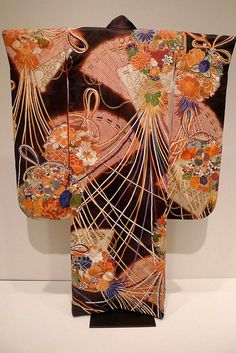 Uchikake Kimono, Early Showa Period by Lori L. Stalteri, via Flickr