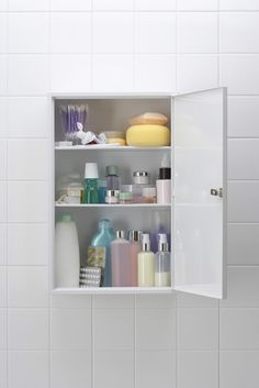 Cut clutter in the bathroom