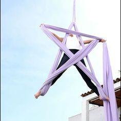 Just having some fun Youtube⏩: Aerial Diana http://youtu.be/9X08hK7tBbo #starsilk #star #estrella #circusinpiration #circusinternational #circusuniversity México #circusaroundtheworld #pepearts #verticalwise #telasaereas #akroholic #aerialbeauty #fit #fitness #danzaaerea #aerialsilk #aerialsilks #silk #silks #telas #aerialfabric #acrobacia #circus #circo #getaerialfit #aerialdrop #aerialtissue #fitnessjourney #climbing #usaerial