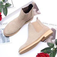 Load image into Gallery viewer, Men& High Help England Wild Scrub Boots Stylish Coat, Boot Brands, Sweater Fashion, Types Of Shoes, Latest Fashion Clothes, Leather Shoes, Scrubs, Chelsea Boots, Casual Shoes