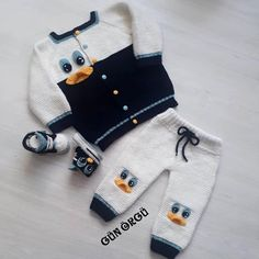Günaydınlarr By Aymine Ist Die Enguzel - Diy Crafts - hadido Baby Boy Knitting Patterns, Knitting For Kids, Baby Patterns, Baby Overall, Pull Bebe, Baby Pullover, Baby Cardigan, Crochet Baby Clothes, Kids Fashion Boy