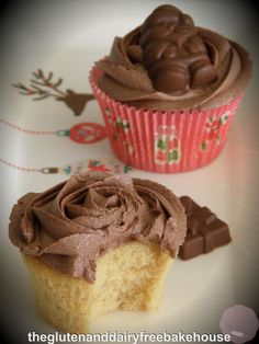 Festive Cupcakes with Choc-Mint Butter Cream