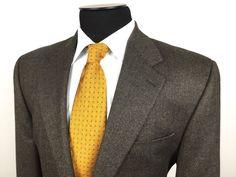 RALPH LAUREN Men's 44R Brown Beige Wool Tweed 2-Button 2-Vent Sport Coat/Jacket #RalphLauren | Men's Fashion & Style | Shop Menswear, Men's Clothes, Men's Apparel & Accessories at designerclothingfans.com