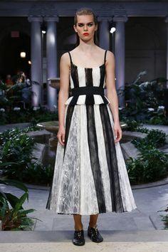 Carolina Herrera | Ready-to-Wear Spring 2017 | Look 21