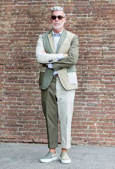 Nick Wooster Old Man Fashion, Dope Fashion, Suit Fashion, Mens Fashion, Suits And Sneakers, Sneakers Outfit Men, Nick Wooster, Men Street Look, Street Style