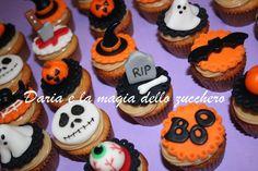 #Minicupcakes halloween #Halloween minicupcakes Halloween