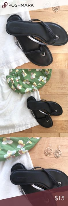 Black leather Banana Republic flip flops W size 8 // Spring-ready sandals // Black leather // Banana Republic // Women's flip flop // Size 8 // Excellent used condition   Styling Ideas ✨✨ Pair with a boutique jewelry item for 15% discount. ✨✨ Banana Republic Shoes Sandals