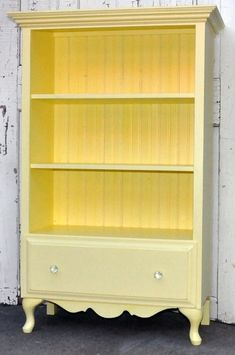 Turn a dresser into a book shelf