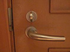 Universal Design Principle 6: Low Physical Effort. Door handles rather than knobs