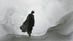 Gao Xingjian is a famous Chinese novelist and painter who creates complex ink-on-paper pieces, which are neither figurative nor abstract, and a Nobel prize winer in literature. Monochrom, Chinese Art, Chinese Kunst, Chinese Painting, Chinese Style, My Favorite Music, Light And Shadow, Classical Music, Asian Art