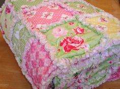 beautiful rag quilt!