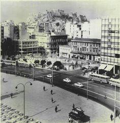 Συνταγμα 1965 Greece Pictures, Old Pictures, Old Photos, Vintage Photos, Athens History, Greece History, Athens Hotel, Athens Greece, Old Greek