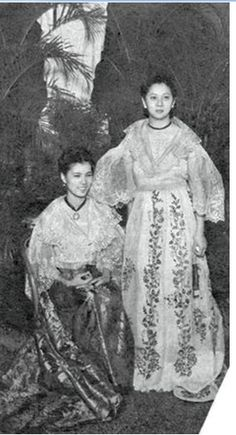 Young Filipinos have been exposed to traditional Filipino dresses and outfits since kindergarten. They saw and even wear those in many school events. They can also see them in movies and TV shows, the filipiniana section in many department stores, and many special formal occasions. Miss Philippines, Philippines Culture, Filipino Art, Filipino Culture, Antique Photos, Vintage Photos, Barong Tagalog, Filipino Fashion, Philippine Women