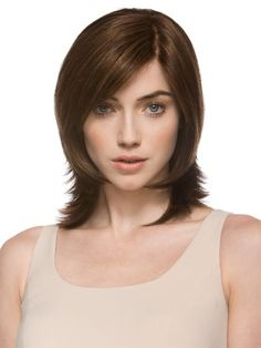 Searching for short hairstyles and haircuts for round faces? Here are 40- cute short hairstyle and haircuts for round faces and how to pull them off!