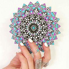 Mandala magic via @pixichikjb
