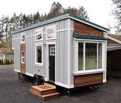 The ULTIMATE Tiny Home design. Interior design is superb and you got all amenities! This is perfect!