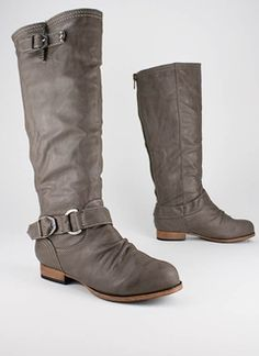 Love these in brown!...check out the zipper on the back :)