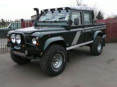 Land-Rover 110 Defender Crew cab