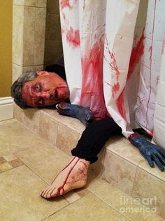 Halloween party: bloody bathroom. I would FREAK if I saw this at someone's house!