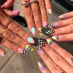 Semi-permanent varnish, false nails, patches: which manicure to choose? - My Nails Summer Acrylic Nails, Best Acrylic Nails, Acrylic Nail Art, Acrylic Nail Designs, Nail Art Designs, Nails Design, Summer Nails, Aycrlic Nails, Swag Nails