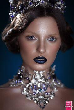 IIn this photo: Olya Sinegina, Maria Dzhigota | Glossy Skin