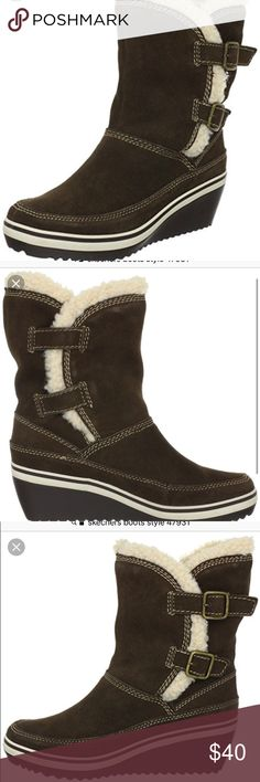 Skechers boots Skechers boots excellent condition one time used. Runs big can fit perfectly in size 7 1/2. With original box's. Heel around 2 inches Skechers Shoes Winter & Rain Boots
