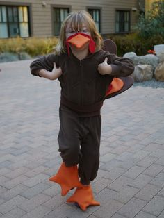 Little Hiccups: A Thanksgiving Turkey... Costume!