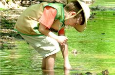 5 Tips for Exploring Nature with Kids - http://learning.innerchildfun.com/2013/07/5-tips-for-exploring-nature-with-kids.html #learning #ece