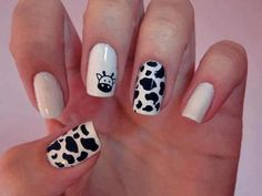 Cow nails - bahahaha my boss would soooo do this for cow appreciation day! Fancy Nails, Pretty Nails, Nail Polish Designs, Nail Art Designs, Nails Design, Country Nails, Cow Nails, Giraffe Nails, Girls Nails