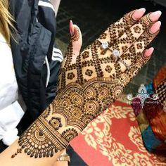 ideas tattoo flower blackwork tatoo for 2019 Back Hand Mehndi Designs, Mehndi Designs 2018, Dulhan Mehndi Designs, Mehndi Designs For Fingers, Wedding Mehndi Designs, Unique Mehndi Designs, Mehndi Design Pictures, Beautiful Mehndi Design, Mehandi Designs