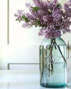 2 of my favorite things!  Lilacs and a Mason Jar!