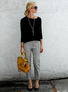 Women's fashion | Polka dots pants, cute chignon and mustard tote bag