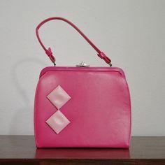 adorable vintage purse